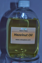 A picture of Ruka's Place Bottle of Hazelnut Oil